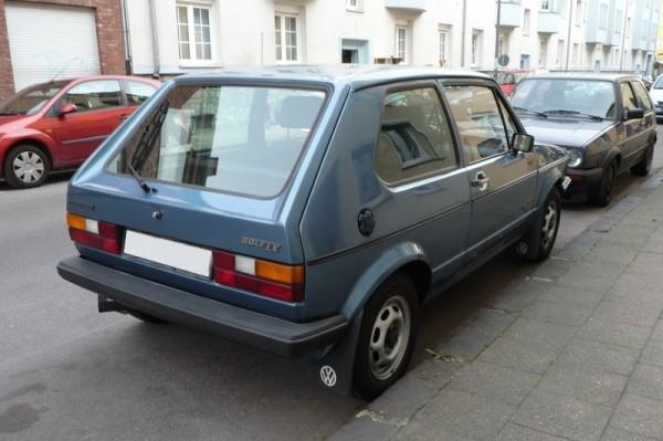 VW Golf I LX hinten rechts