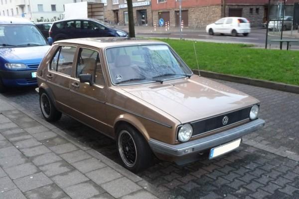 VW Golf I Viertürer