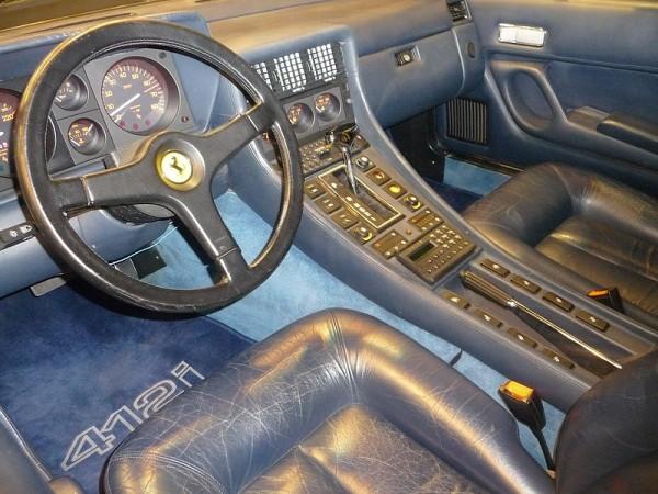 1986 Ferrari 412i Innenraum