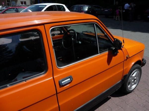 Polski Fiat 126P 650E innen