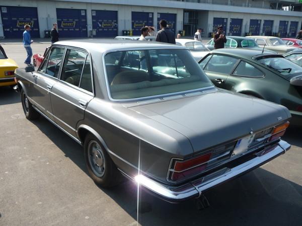 Fiat 130 Limousine 3200 Seite