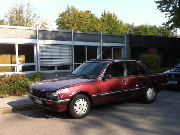 Peugeot 505 Front und Seite