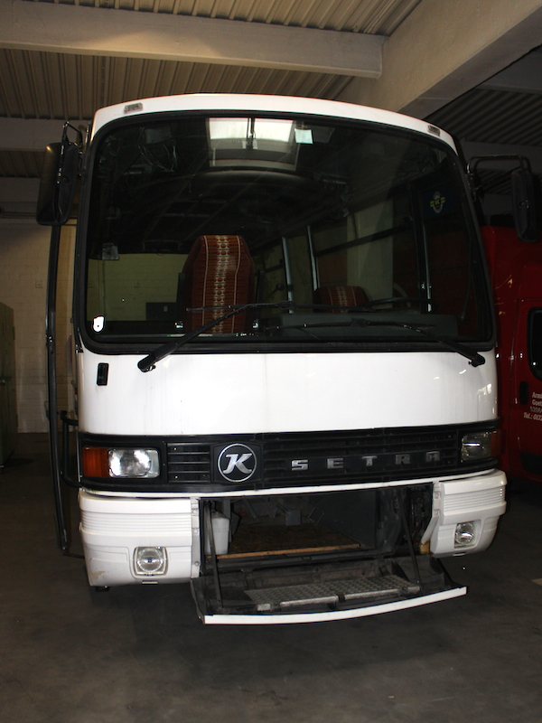 Setra S 208 H mit offener Front