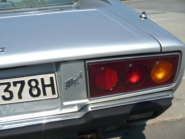 Ferrari Dino 308 GT 4 Schriftzug