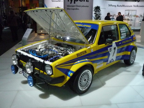 VW Golf I Rallye Pierburg vorne links