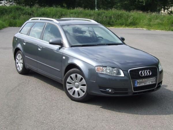 Audi A4 Avant TDI vorne rechts
