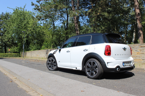 2014-mini-countryman-cooper-s-hinten-links
