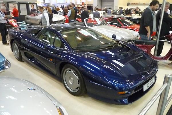 Jaguar XJ220 Front und Seite
