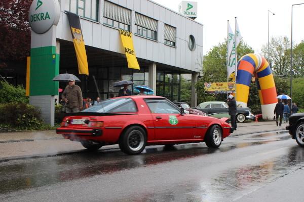 Mazda RX-7 SA22 hinten rechts