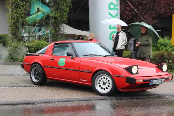 Mazda RX-7 SA22 vorne rechts