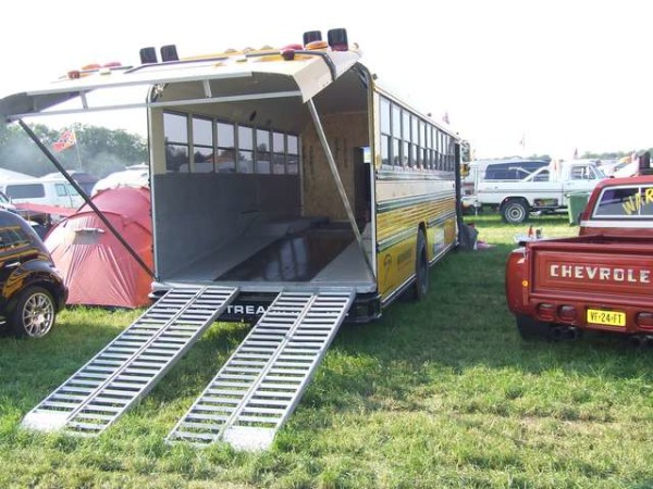School Bus Heck